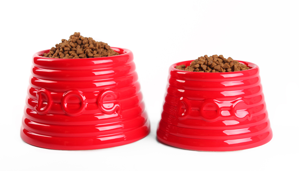 ringware dog bowls red